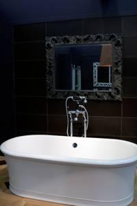 trends badewannen sanit r baden duschen alles rund ums bad warenkunde im einzelhandel. Black Bedroom Furniture Sets. Home Design Ideas