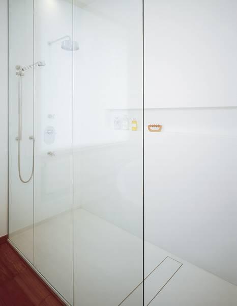 Dusche Begehbar Abdichtung : Corian Wandverkleidung Dusche : Materialien Duschwannen Sanit?r Baden